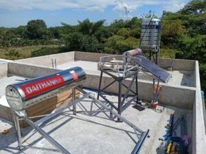 Chi phí lắp đặt trọn bộ máy nước nóng năng lượng mặt trời